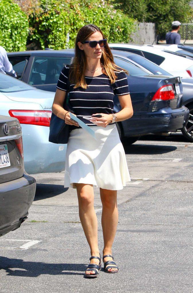 Jennifer Garner Was Seen in Pacific Palisades 07/30/2017-1
