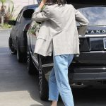 Kendall Jenner Was Seen at the Gas Station in Beverly Hills 07/15/2017-4