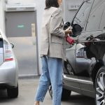 Kendall Jenner Was Seen at the Gas Station in Beverly Hills 07/15/2017-5