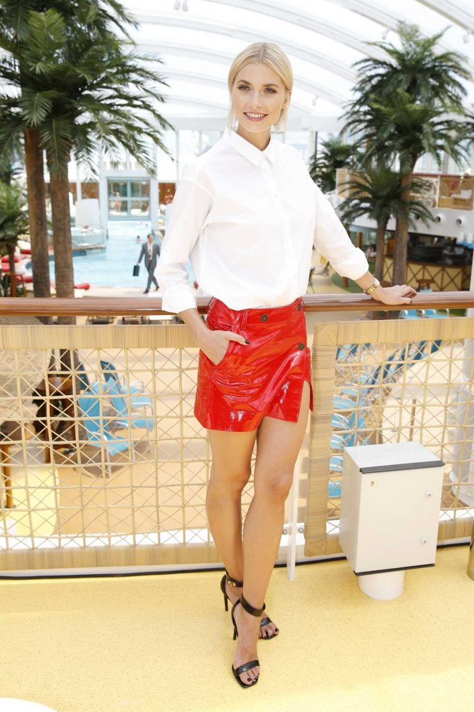 Lena Gercke Christens the AIDAperla Cruise Ship in Palma de Mallorca 06/30/2017-1