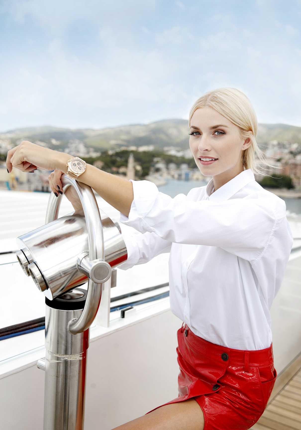 Lena Gercke Christens the AIDAperla Cruise Ship in Palma de Mallorca 06/30/2017-4