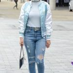 Charli XCX Leaves BBC Breakfast Studio at Media City in Manchester 08/01/2017-2