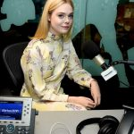 Elle Fanning Visits SiriusXM Studios in New York City 08/30/2017-4