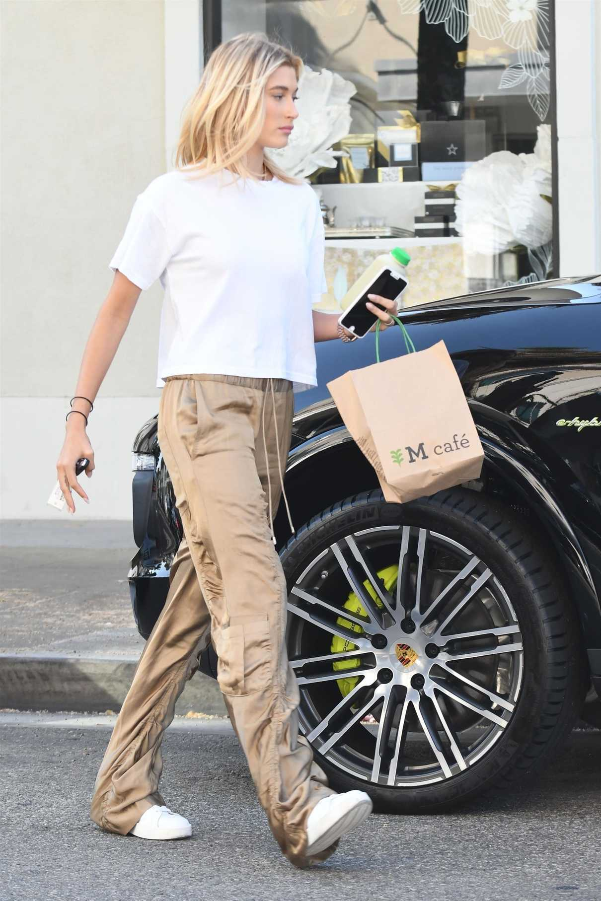 Hailey Baldwin Stops by the M Cafe in West Hollywood 08/04/2017-1