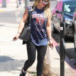 Hilary Duff Goes Shopping in West Hollywood 08/30/2017-4