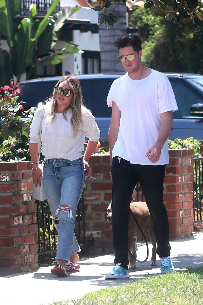 Hilary Duff Was Seen With Her Boyfriend Ely Sandvik Out in LA 08/20/2017-1