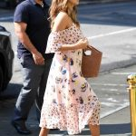 Jessica Alba Heading Into a Bakery in New York City 08/03/2017-5