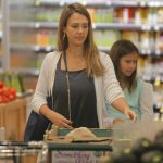 Jessica Alba Shops at Whole Foods in Beverly Hills 07/30/2017-3