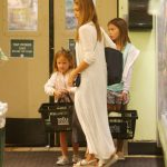 Jessica Alba Shops at Whole Foods in Beverly Hills 07/30/2017-4