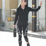 Julianne Hough Leaves Her Workout in LA 08/02/2017-3