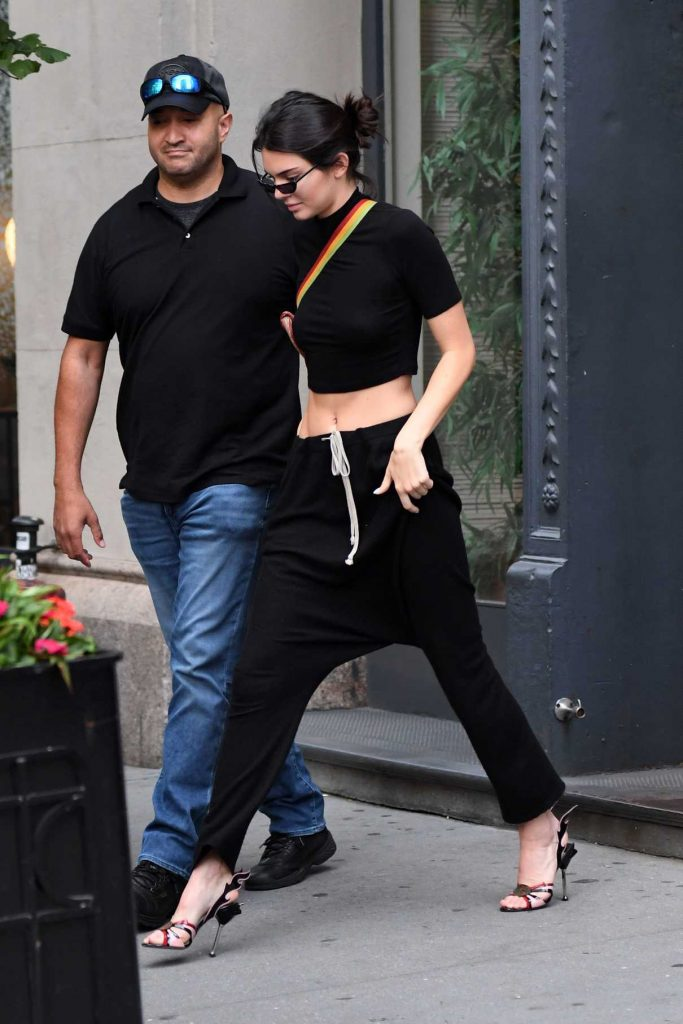 Kendall Jenner Leaves an Residential Building in New York City 08/03/2017-1