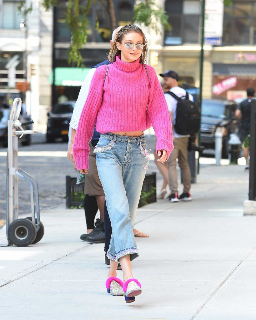 Gigi Hadid Wears a Pink Sweater Out in NYC 09/11/2017-1