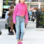 Gigi Hadid Wears a Pink Sweater Out in NYC 09/11/2017-4