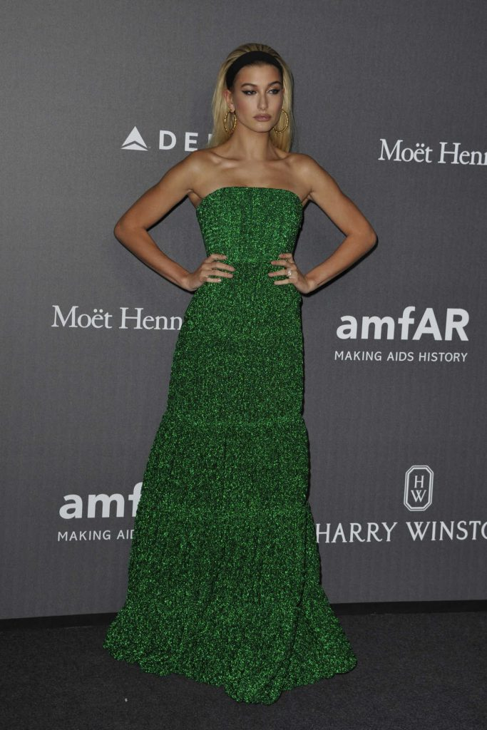 Hailey Baldwin at amfAR Gala in Milan 09/21/2017-1