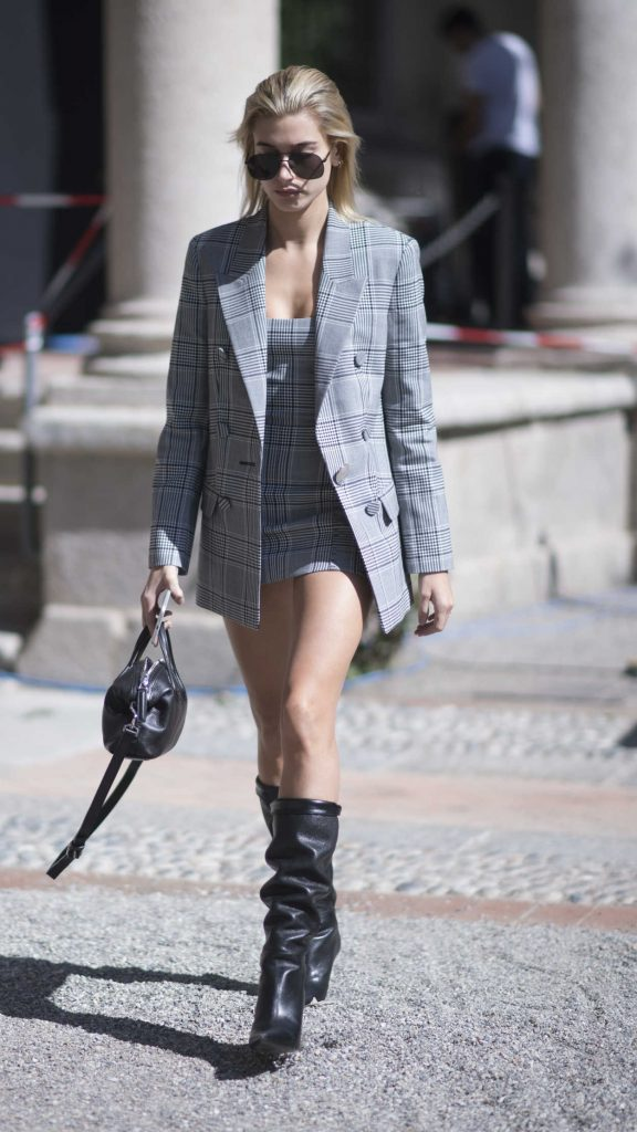 Hailey Baldwin Was Spotted Out in Milan 09/20/2017-1