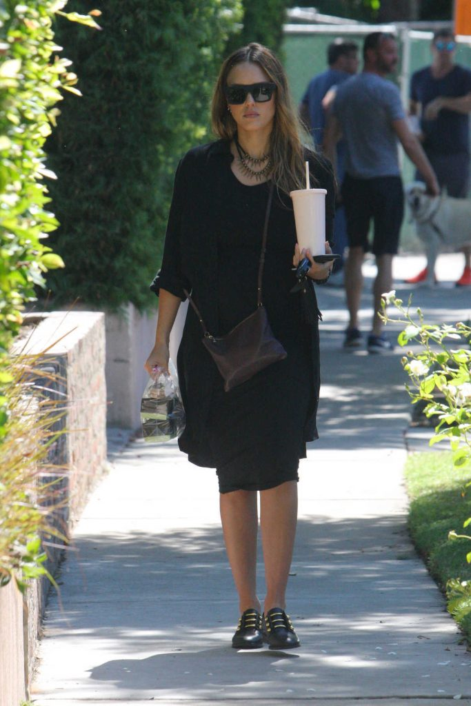 Jessica Alba Was Seen Out in West Hollywood 09/24/2017-1