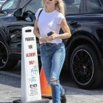 Julianne Hough Heads to the Post Office in West Hollywood 09/20/2017-4