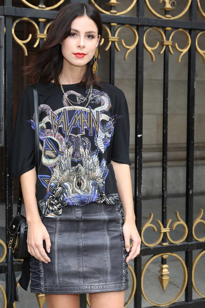 Lena Meyer-Landrut Arrives at the Balmain Show During Paris Fashion Week 09/28/2017-1