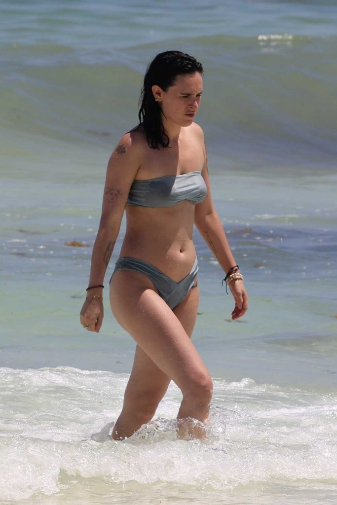 Rumer Willis in Bikini at the Beach in Cancun 09/06/2017-1
