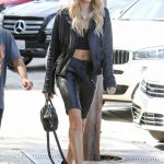 Hailey Baldwin Was Seen Out in Beverly Hills 10/17/2017-2