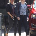Hilary Duff Grabs a Meal at Katsuya With a Friend 10/09/2017-2