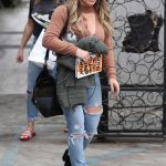 Hilary Duff Leaves 901 Salon in West Hollywood 10/30/2017-2