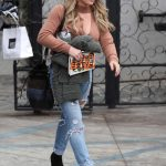 Hilary Duff Leaves 901 Salon in West Hollywood 10/30/2017-3
