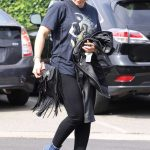 Hilary Duff Was Spotted Out in Beverly Hills 10/19/2017-4