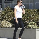 Jennifer Garner Was Seen Out in Pacific Palisades 10/08/2017-4