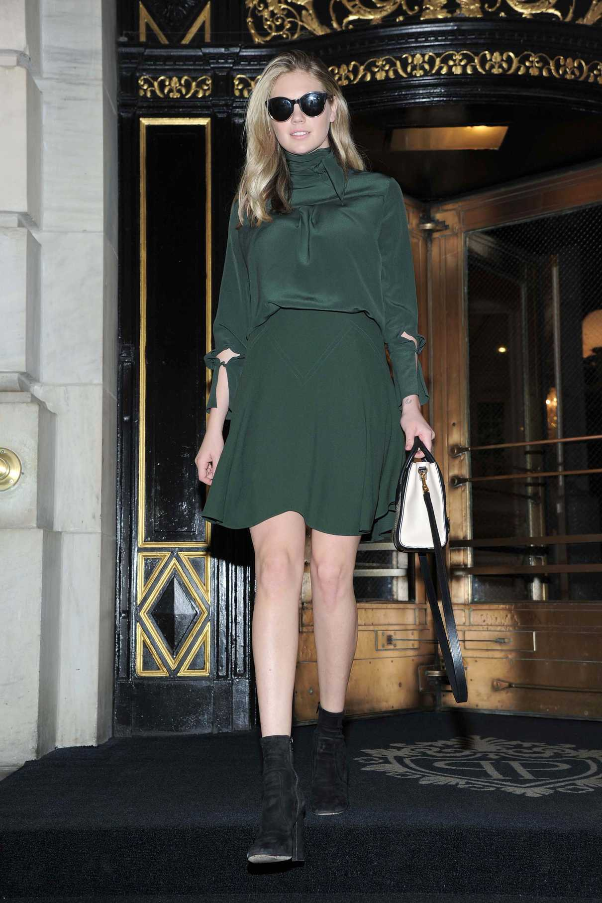Kate Upton Leaves The Plaza Hotel In Nyc 10 23 2017 2 Lacelebs Co Photogallery of kate upton updates weekly. lacelebs co