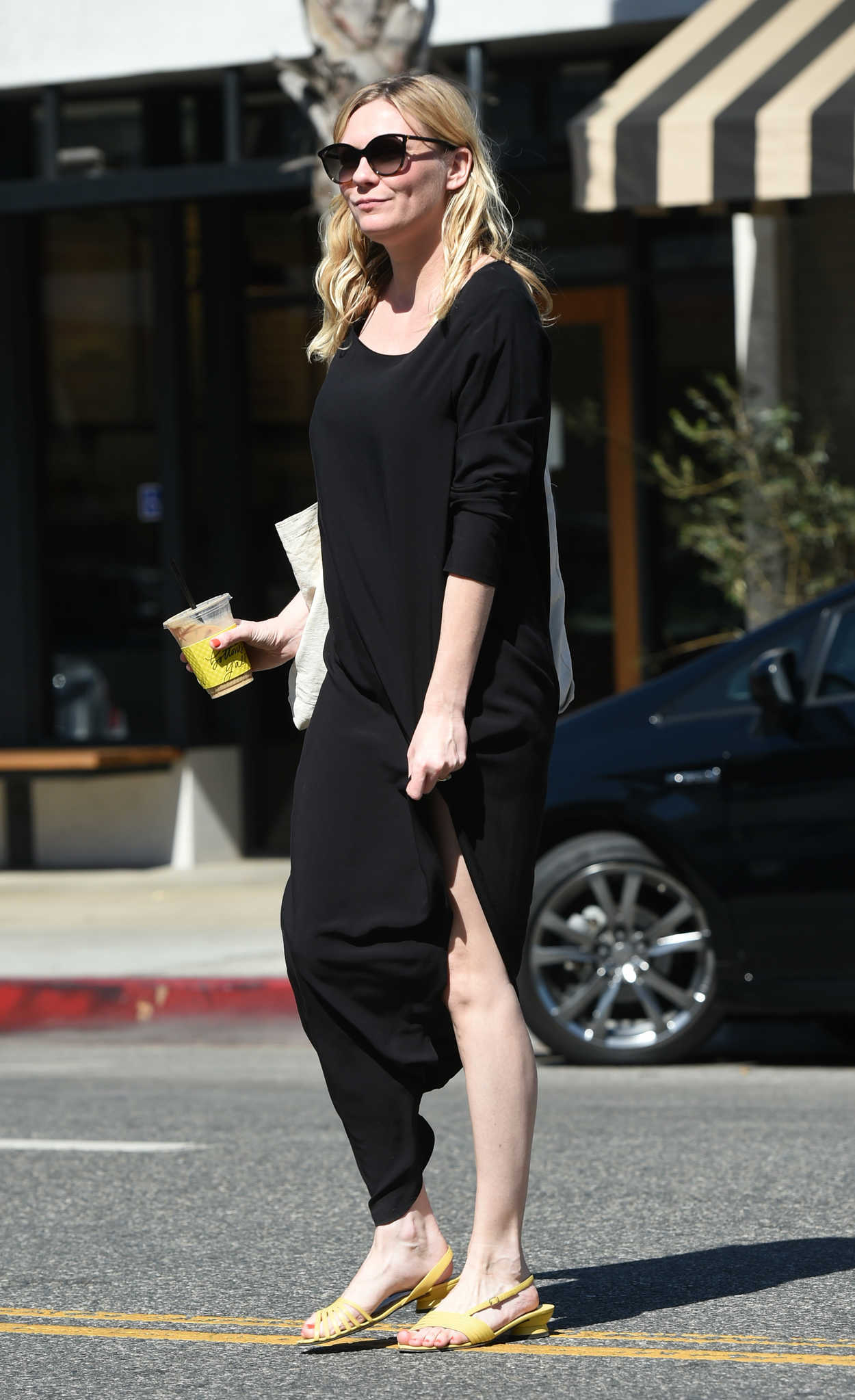 Kirsten Dunst Was Seen Out in Los Angeles 10/10/2017-5