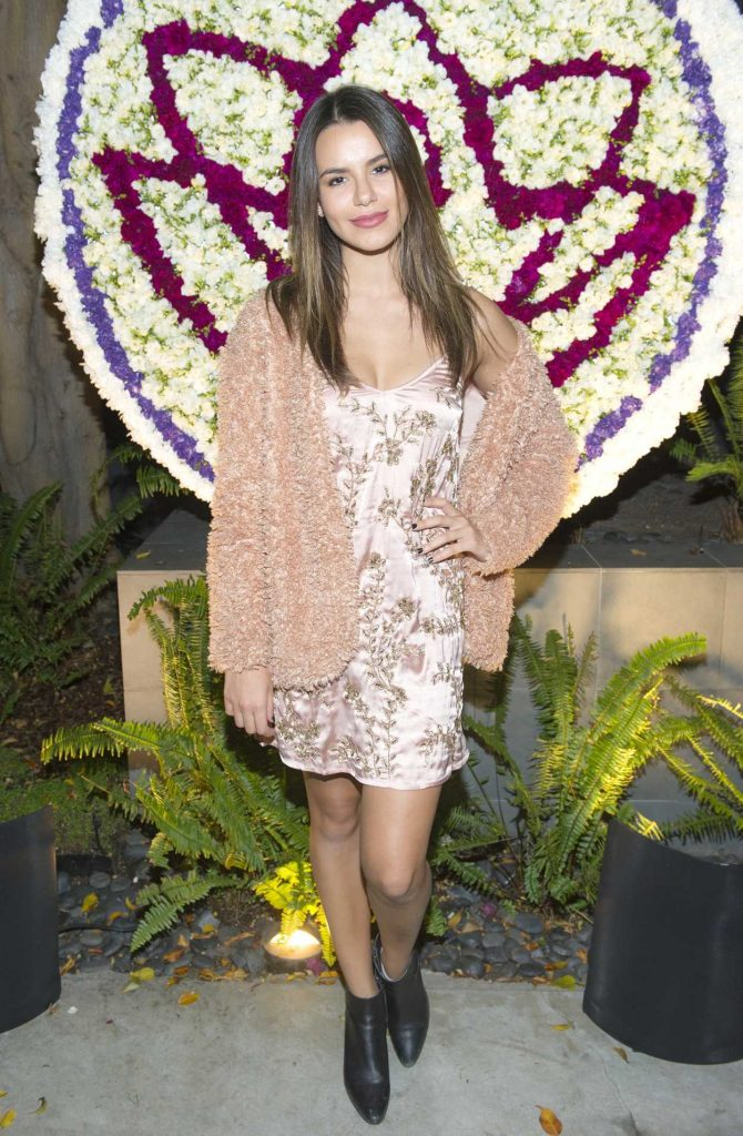 Madison Reed at the Gift Photo Exhibit at the Buterbaugh Gallery in LA 10/19/2017-1