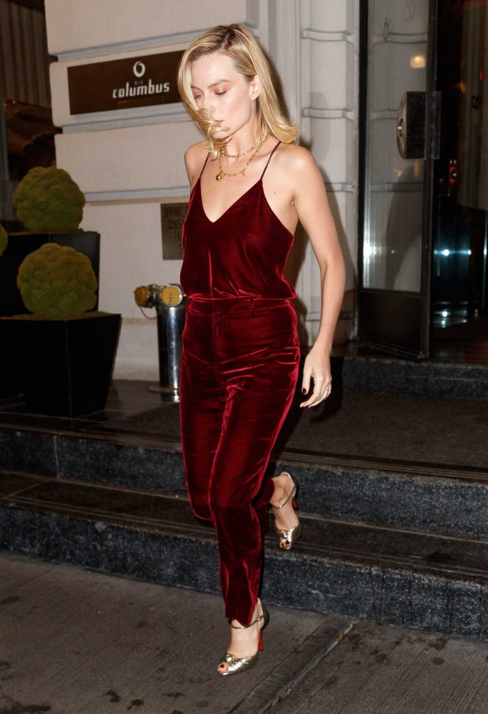 Margot Robbie Was Seen Out in New York 10/11/2017-1