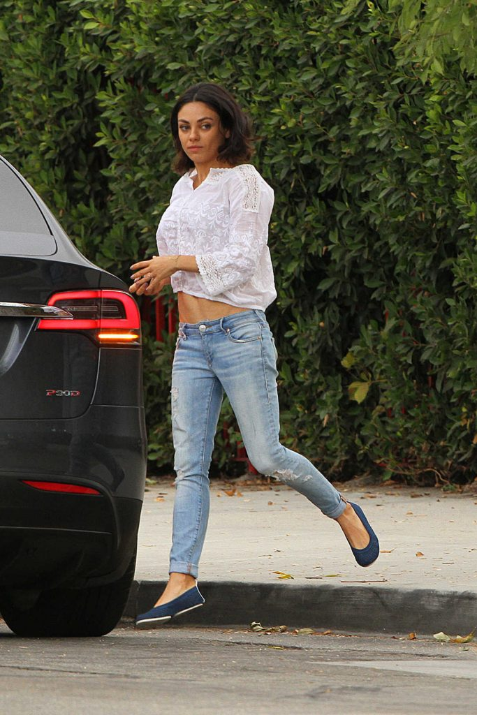 Mila Kunis Was Spotted Out in LA 10/20/2017-1