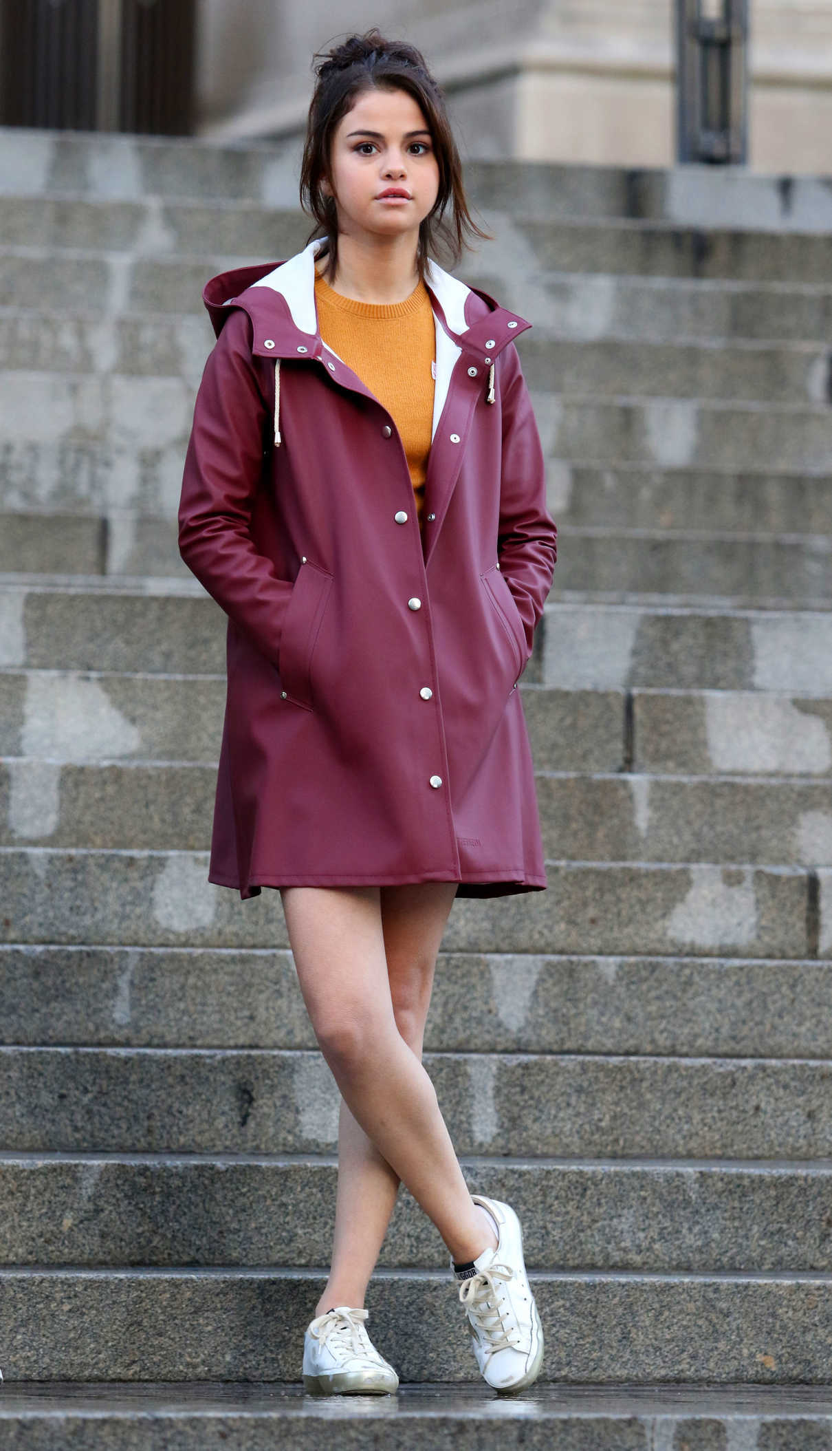 Selena Gomez on the Set of New Woody Allen Film in NYC 10/04/2017-3