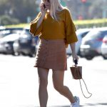 Busy Philipps Goes Shopping in Beverly Hills 11/08/2017-2