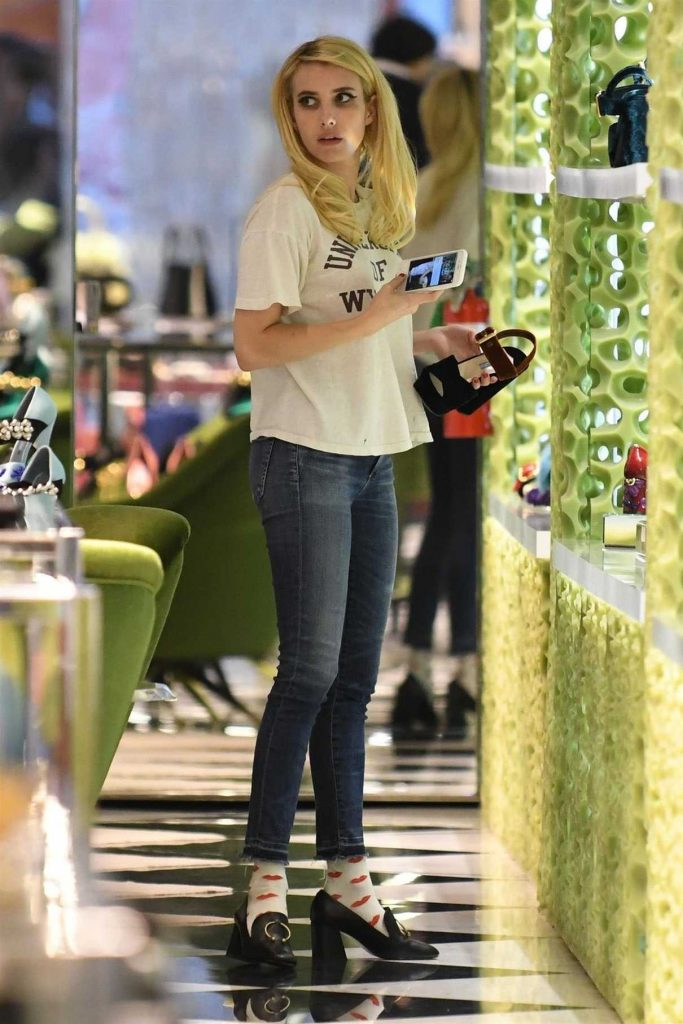 Emma Roberts Goes Shopping at Prada in Beverly Hills 11/13/2017-1