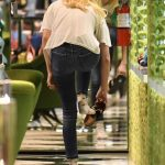 Emma Roberts Goes Shopping at Prada in Beverly Hills 11/13/2017-3