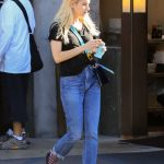Emma Roberts Was Spotted Out in LA 11/09/2017-2
