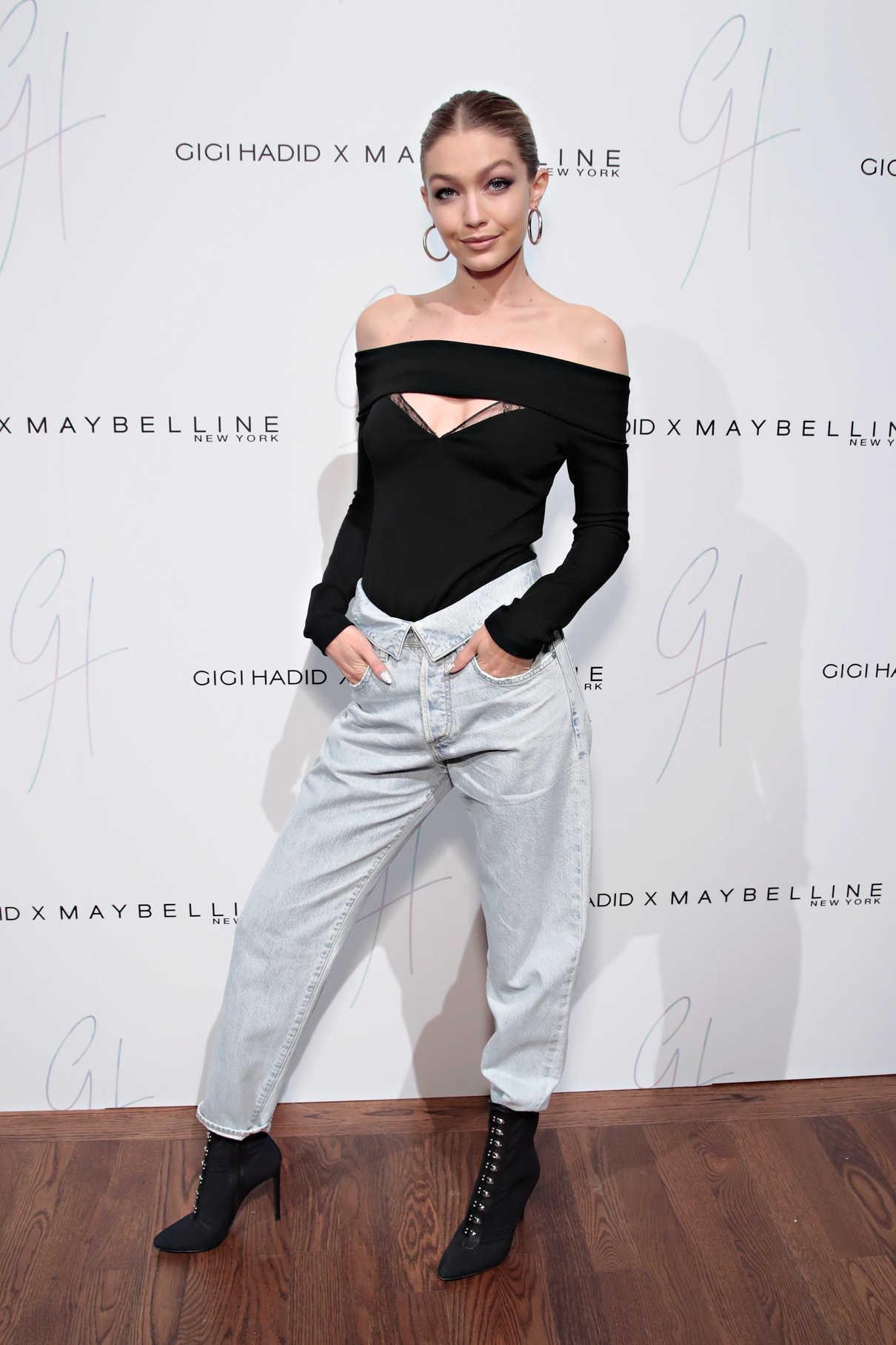 Gigi Hadid Attends the Gigi Hadid x Maybelline New York International Launch Party in NYC 11/03/2017-3