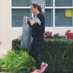Jennifer Garner Takes a Morning Stroll Out in Brentwood 11/27/2017-5