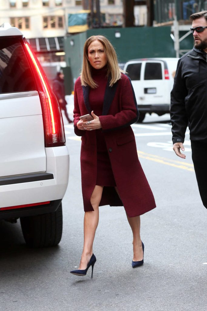 Jennifer Lopez Arrives on the Set of Second Act in New York City 11/20/2017-1