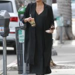 Jessica Alba Leaves Urth Caffe in Beverly Hills 11/16/2017-2