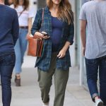 Jessica Alba Out Shopping in Beverly Hills 11/26/2017-2