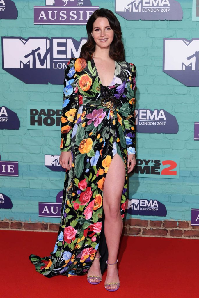 Lana Del Rey at the 24th MTV Europe Music Awards in London 11/12/2017-1
