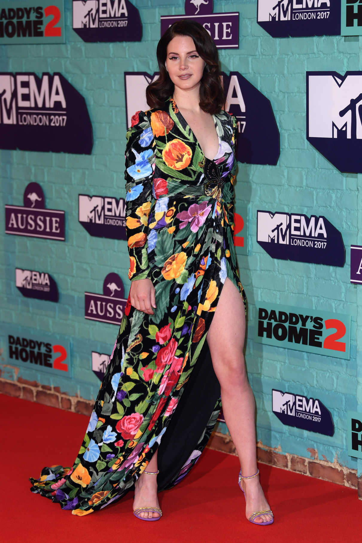 Lana Del Rey at the 24th MTV Europe Music Awards in London 11/12/2017-2