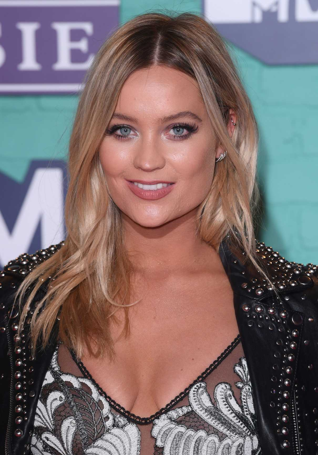 Laura Whitmore at the 24th MTV Europe Music Awards in London 11/12/2017-5