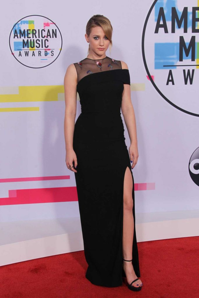 Lili Reinhart at 2017 American Music Awards at the Microsoft Theater in Los Angeles 11/19/2017-1
