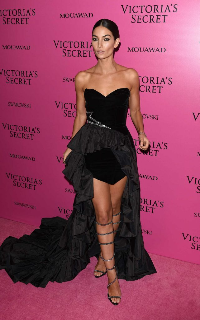 Lily Aldridge at 2017 Victoria's Secret Fashion Show After Party in Shanghai 11/20/2017-1
