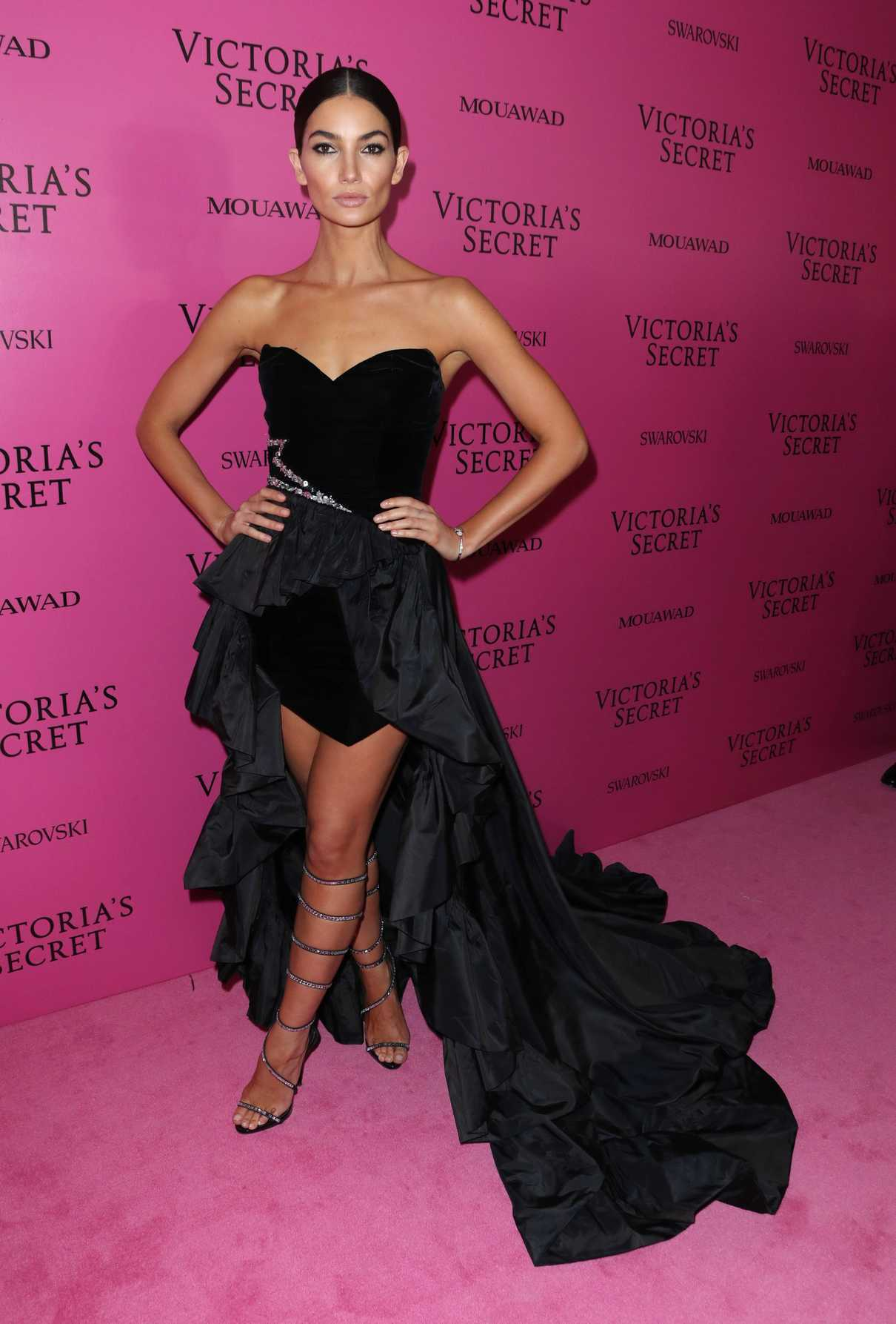 Lily Aldridge at 2017 Victoria's Secret Fashion Show After Party in Shanghai 11/20/2017-2